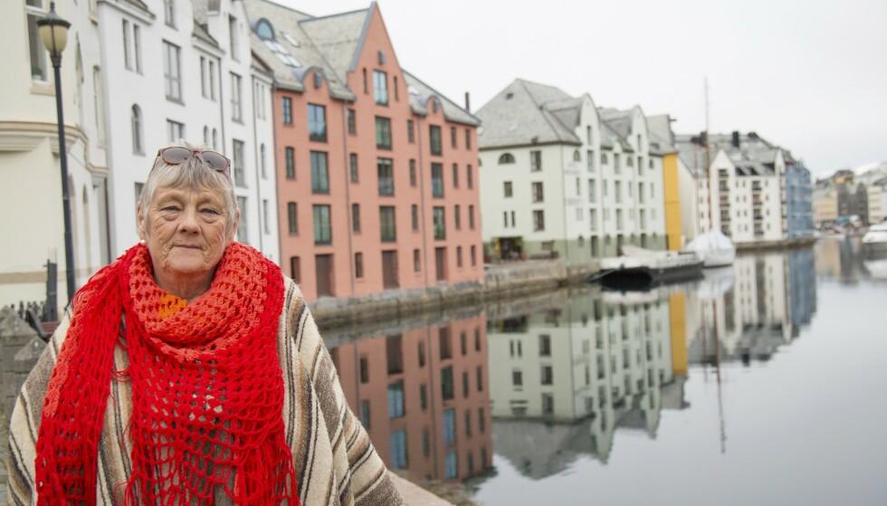 PUSTEHULLET ÅLESUND: – Jeg har venner som er glad i meg. Der det er kaldt i luften, er hjertene varme.  Foto: Siv-Elin Nærø