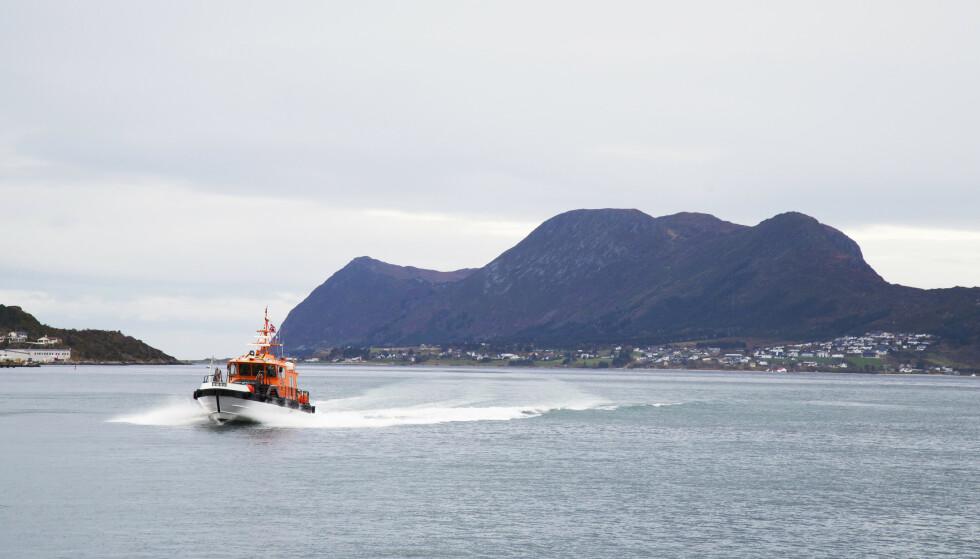 Til sjøs: Når losen tilkalles, fører den karakteristiske losbåten Margrith til skipet som trenger assistanse. Foto: Siv-Elin Nærø