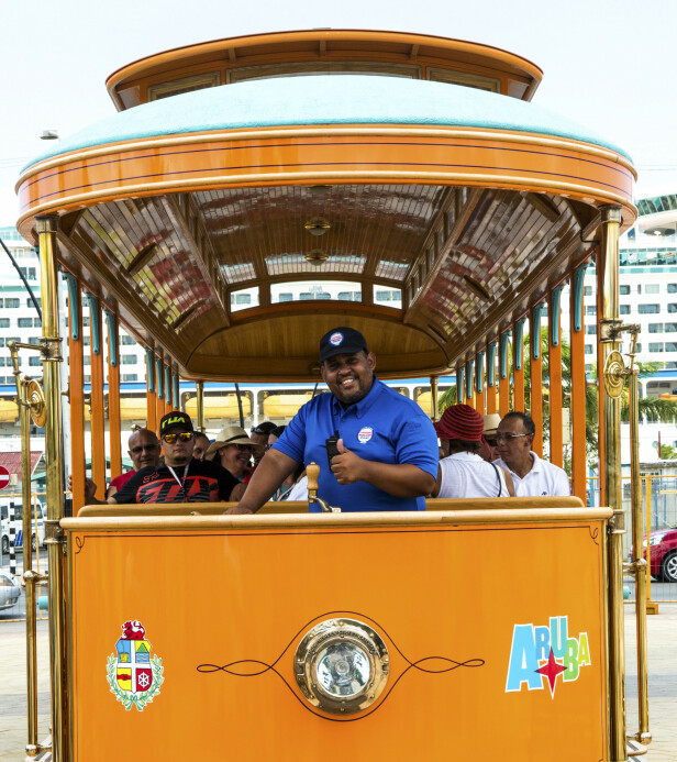 TRIKKEN: Arubas eneste trikkelinje går fra cruisehavna til Oranjestads hovedgate. FOTO: Jörgen Ulvsgärd/TT