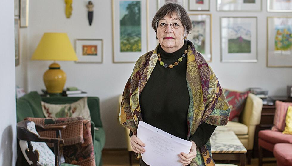 PENSJONSFELLE: Mette Haase Moen har satt seg godt inn i pensjonsrettighetene sine.  – Jeg har vært på mange pensjonskurs, og mente at jeg var vel forberedt. Ingen hadde fortalt meg om det som regelrett er en «pensjonsfelle», mener hun. Foto: Terje Svaan/Adresseavisen.