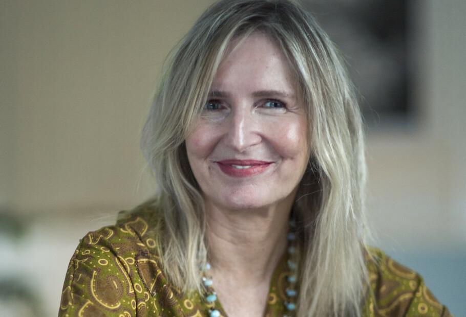 <strong>STOLT:</strong> Bente Helenesdatteer Pettersen (61) ville vise at en voksen kropp og et voksent fjes, med rynker, også rommer skjønnhet. Foto: Astrid Waller