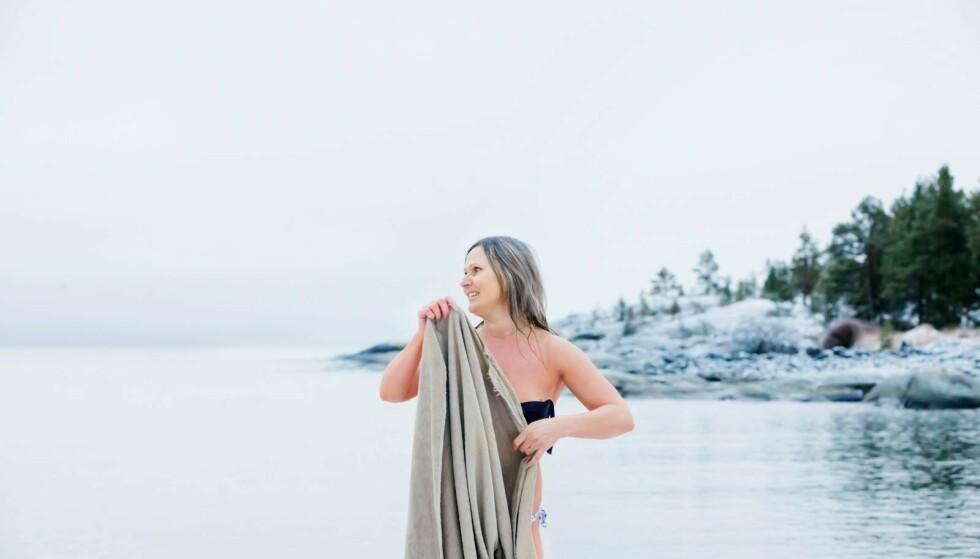 Tre dager i uka kombinerer Liina badingen med en løpetur. Da har hun bikinien i lomma. Foto: Susanne Lindholm