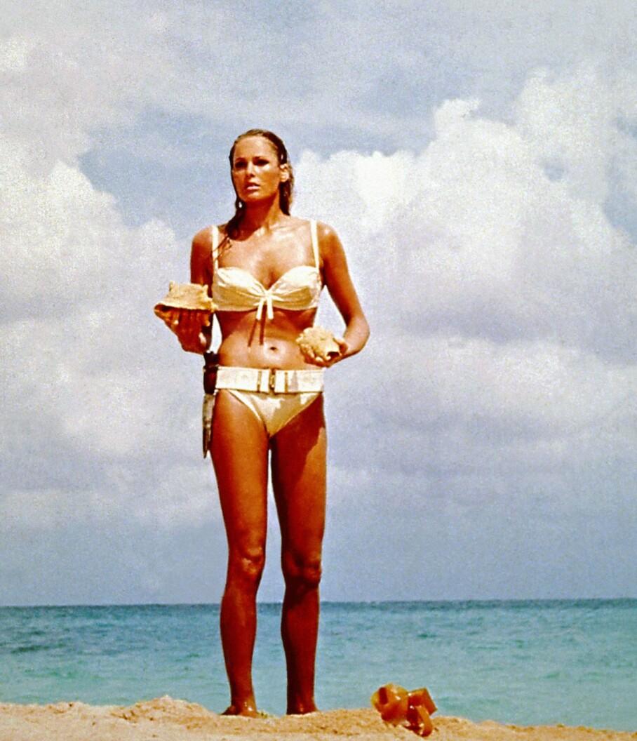 UFORGLEMMELIG: Ursula Andress spilte Honey Rider i James Bond-filmen Dr. No. Foto: Moviestore REX NTB Scanpix