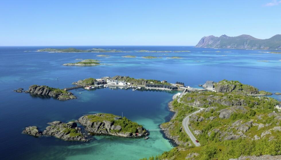 HAMN I SENJA: Øya sørvest for Tromsø byr på fine kystresorter og flotte turer helt ute i havgapet. Her fra Hamn i Senja. Foto: Runar Larsen