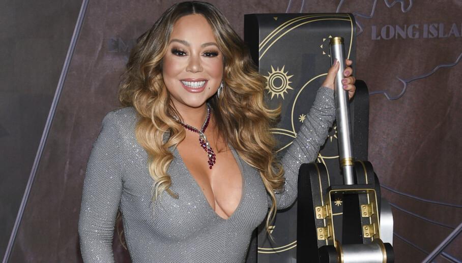 I desember ble 25-årsjubileet for tidenes mestselgende julelåt feiret med seremoniell lystenning på Empire State Building i New York. Mariah Careys karriere er fortsatt høyst levende. Foto: Evan Agostini/Invision/AP/NTB Scanpix