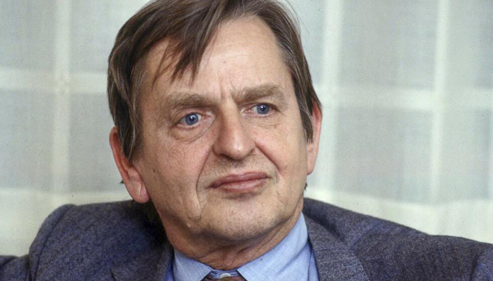 DREPT: Sveriges statsminister Olof Palme ble skutt og drept på vei hjem fra kino i Stockholm 28. februar 1986. Hvem som sto bak drapet er fortsatt ikke oppklart. Foto: AFP TT/NTB Scanpix