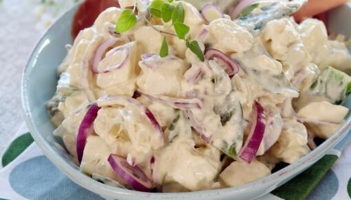 Potetsalat med sennep og mild karrismak (4 porsjoner)
