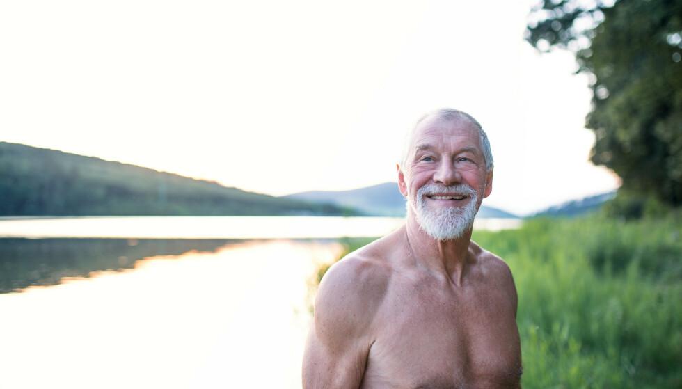 Godt voksne menn topper drukningsstatistikken. Nå advarer Redningsselskapet og Norsk livredningsforbund eldre som vanligvis bader i varmere strøk, om å være forsiktig på norgesferie. Illustrasjonsfoto: Shutterstock/NTB Scanpix
