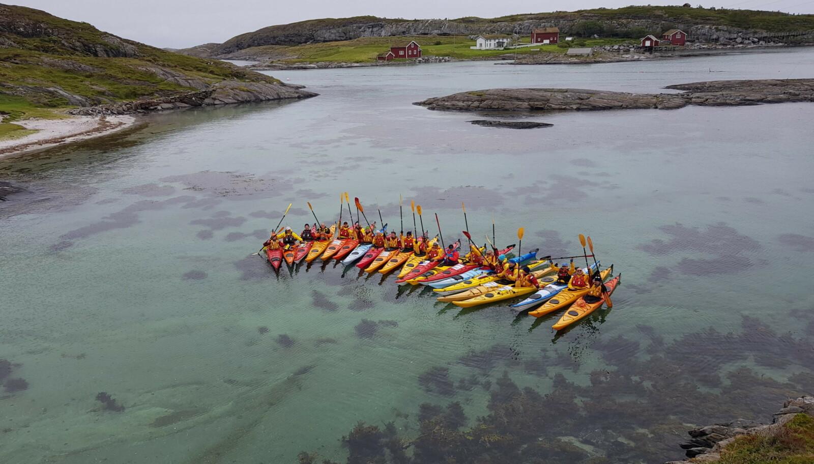 MC-tur fra Bergen til Kirkenes og kajakkpadling på Helgeland er noen av pakkereisene som tilbys i år. Foto: Rune Steiro