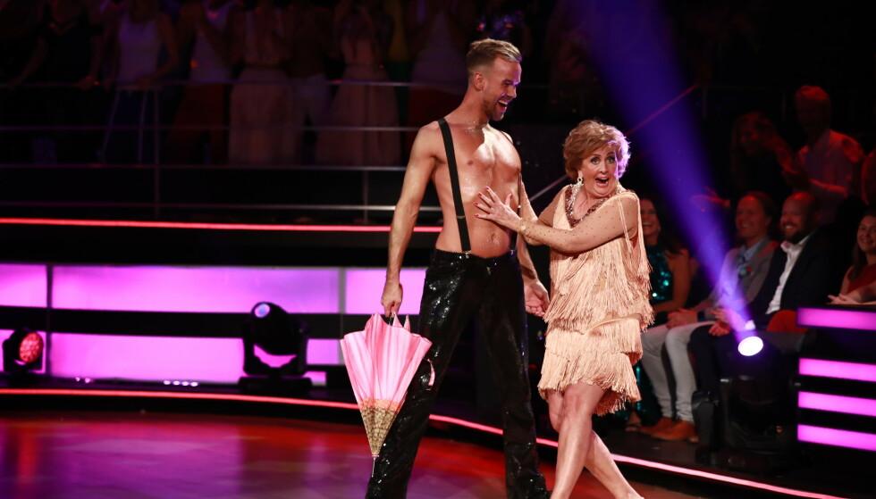 DANSEREN: Trude Drevland ble kanskje for alvor kjent for den yngre garde da hun deltok i Skal vi danse. Her sammen med Morten Hegseth Riiber. Foto: NTB Scanpix