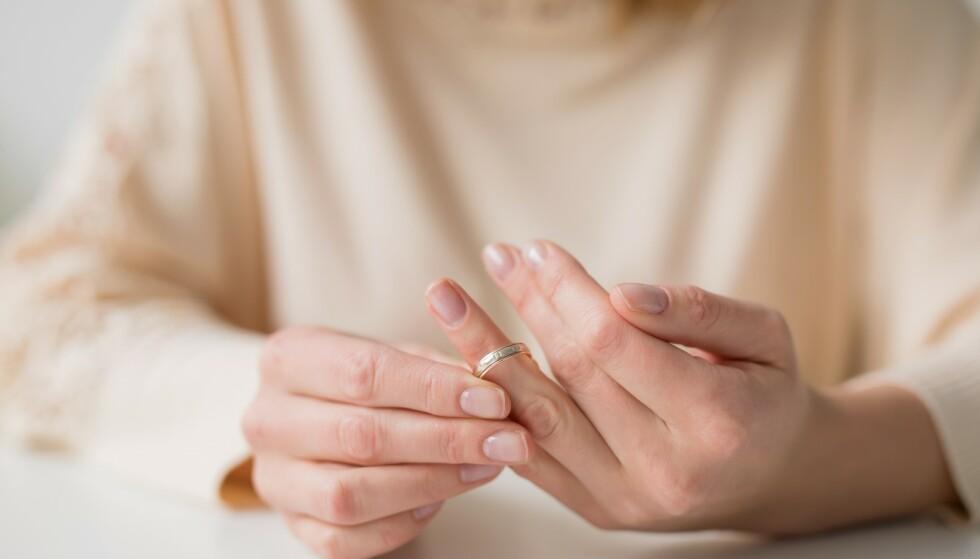 SKILSMISSE: Det er flere ting som går igjen når det kommer til skilsmisse hos eldre par. Foto: NTB