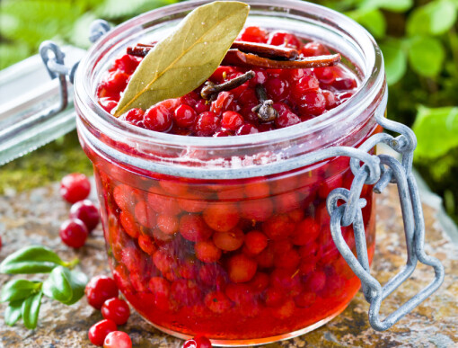 Sur-syltede tyttebær