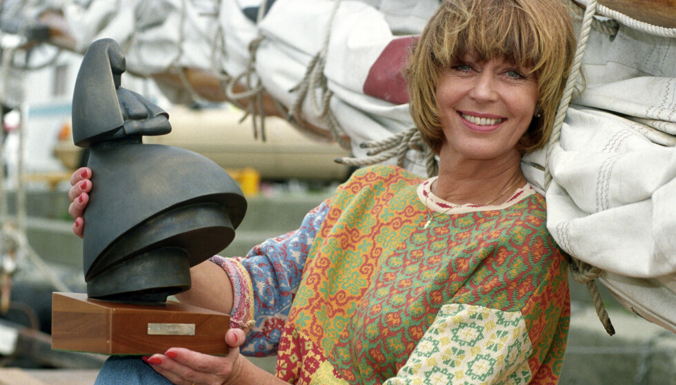 I 1993 var Lill Lindfors programleder for Filmfestivalen i Haugesund, der Amanda-statuetten deles ut.  Foto Helge Hansen/NTB Scanpix