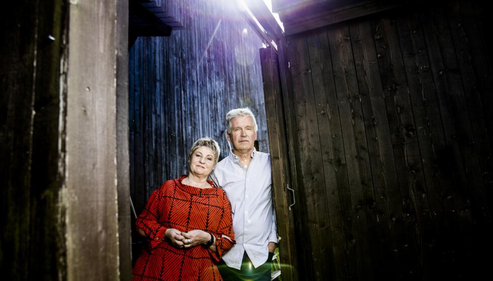 VIKTIG Å GI ANDRE RÅD: Da Gisle Erliens søster ble han og kona Randi Kveine omsorgsarbeidere i mange år. Nå har de skrevet boka de selv savnet underveis; Pårørendesjokket, GPS for Alzheimer-pårørende. Foto: Christian Roth Christensen / Dagbladet