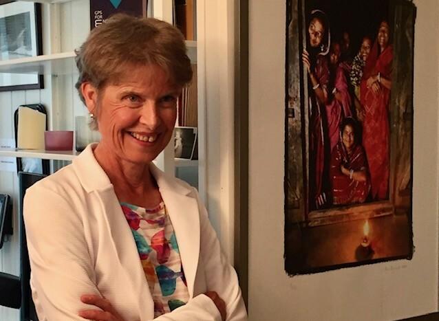 VILLE FORTELLE: For Bente Erlien var det hele tida viktig med åpenhet og å avmystifisere sykdommen Alzheimer. Foto: Randi Kveine