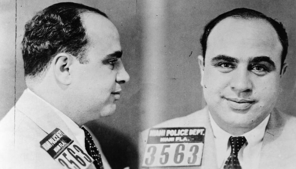 FORFENGELIG GANGSTER: Al Capone var så forfengelig at han likte arret og kallenavnet sitt dårlig. Han skulle bare ha visst hvordan han til slutt skulle ende sine dager... Foto: Granger/REX/NTB