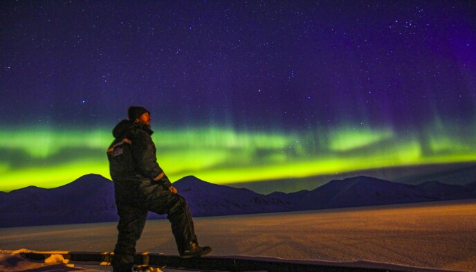MAGISK LYS: Nordlysets forheksede dans på himmelen er vinterens vakreste forestilling. Foto: Runar Larsen