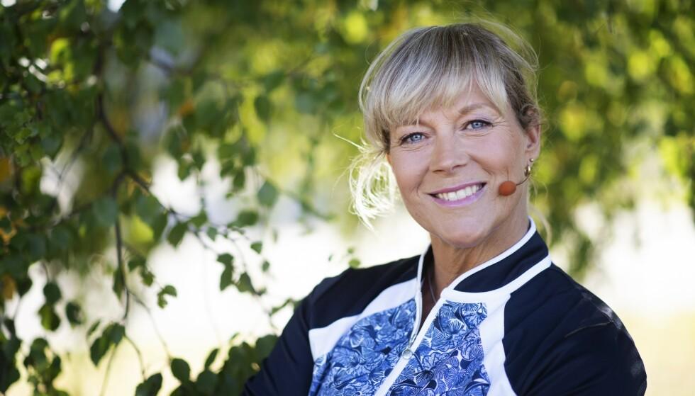 Sofia Åhman er idrettslærer og gyminstruktør. I løpet av det siste året er hun også blitt Sveriges nye hjemmetreningskompis. Foto: Erik Abel/TT/NTB