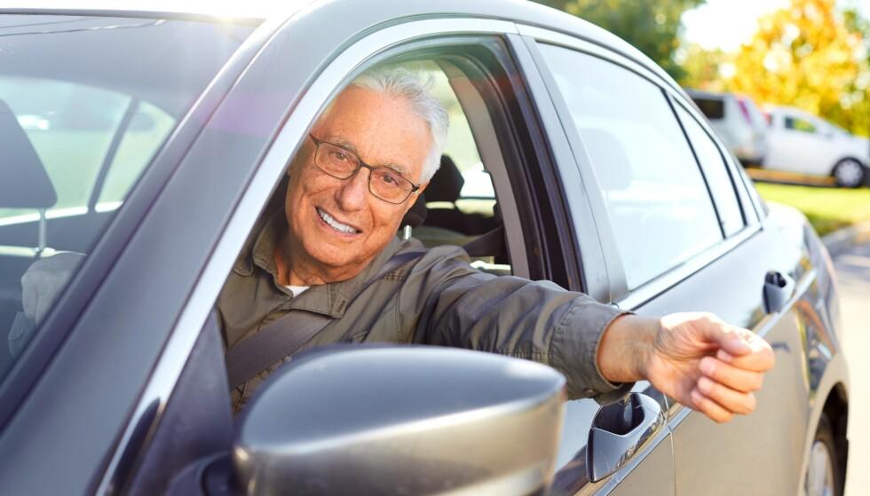 PROVOSERT: Mange friske eldre har vært provosert over den obligatoriske testingen som slår inn idet de fyller 80 (75 inntil 2019). Illustrasjonsfoto: Shutterstock/NTB