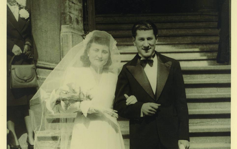 GIFTET SEG ETTER KRIGEN: Flore og Eddie giftet seg 20. april 1946. Det ble starten på et langt og lykkelig liv. Foto: Privat