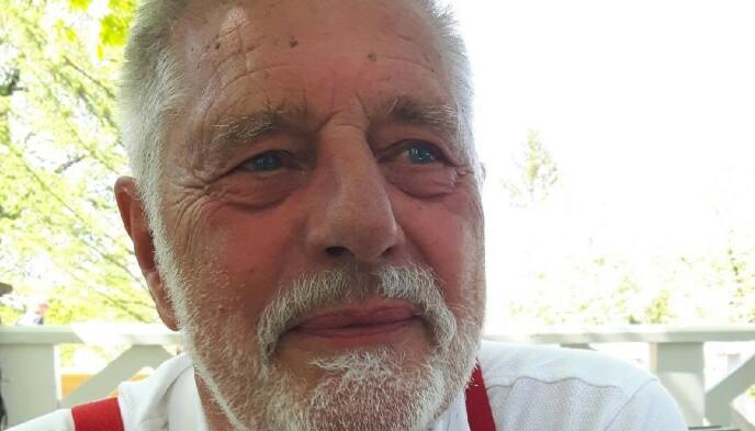 Lars Christian Penick gikk av med AFP for ti år siden, etter 42 år i Dagbladet. Etter et infarkt og påfølgende hjertesvikt har han redusert pustekapasitet. Foto: Privat