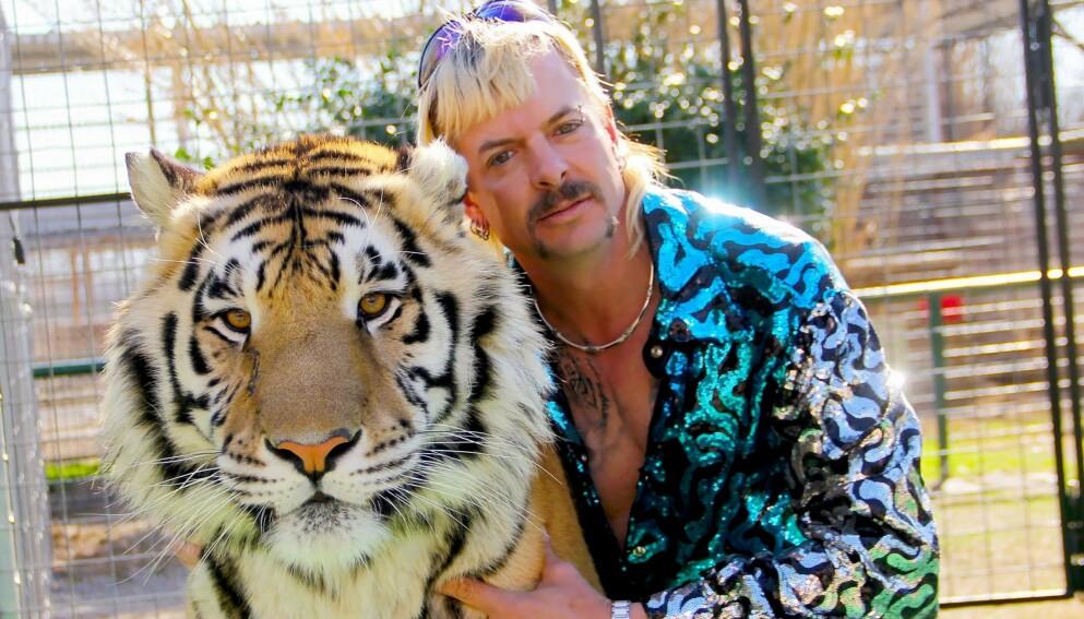 Egen zoo: Joe startet dyreparken i Oklahoma til minne om sin bror. Til tross for at hovedpersonen sitter i fengsel, er en oppfølger under planlegging. Foto: Netflix/NTB