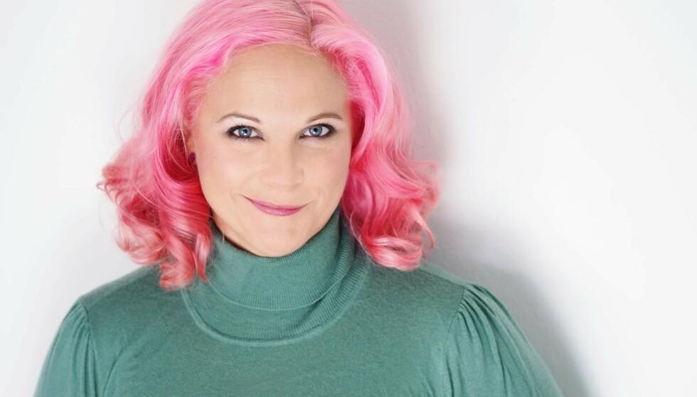 LANGTIDSSYK AV CORONA: Karin Nygårds roser oppfølgingen hun har fått fra helsevesenet. Hun mener året med langtids-covid har gitt henne varige mén, både fysisk og psykisk. Foto: Severus Tenenbaum