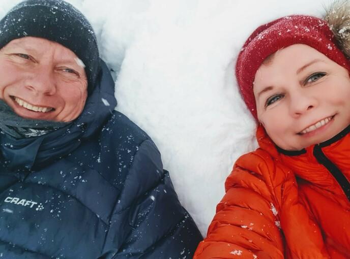 KJÆRLIGHET: Vibeke roser ektemannen Aage H. Winger for all støtten han gir. Hun gjør det hun kan for å vise ham kjærlighet hver dag. Foto: Privat