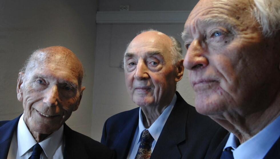 Lingeklubben: Eilert Eilertsen (t.v.), Jakob Strandheim og August Rathke i 2007. De to sistnevnte lever fortsatt. Foto: Marit Hommedal/NTB