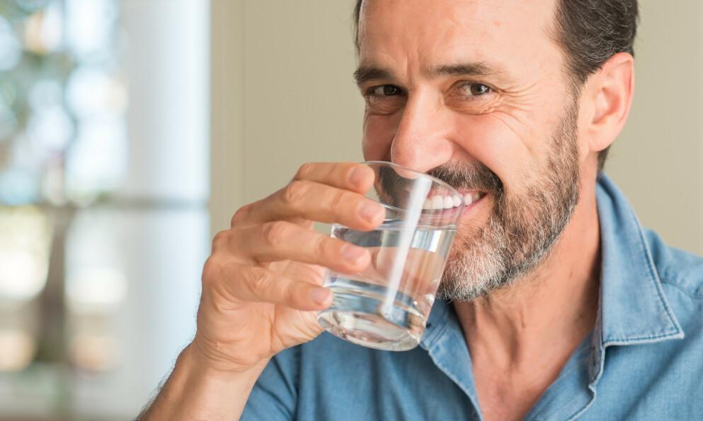 FÅ BUKT MED ISING: Tannkremen Colgate Sensitive Instant Relief Enamel Repair skal både bidra til varig beskyttelse mot ising og gi umiddelbar lindring – men funker det? FOTO: NTB
