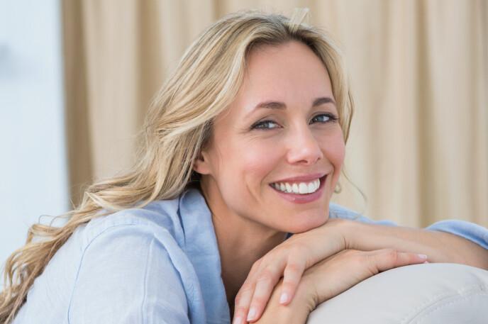 HØYE FORVENTNINGER: Ifølge Colgate merker hele 93 % at sensitiviteten i tennene blir redusert ved bruk av deres Sensitive Instant Relief Enamel Repair-tannkrem. Så gjenstår det å se om dét stemmer overens med våre testeres opplevelse ... FOTO: NTB
