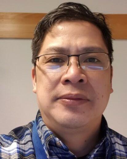 BLE KVITT PLAGENE: Serafin Alfonso har Colgate Sensitive Instant Relief Enamel Repair å takke for den reduserte sensitiviteten i tennene. FOTO: Privat