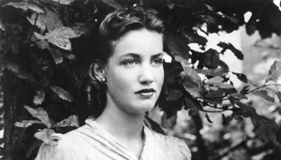 «BODY BEAUTIFUL»: Edith Bouvier Beale var en skjønnhet og fikk tilnavnet «Body Beautiful». Rikmannsjenta drømte om et liv på scenen, men livet hun levde tok en brå slutt. Her fotografert i 1940. Foto: NTB