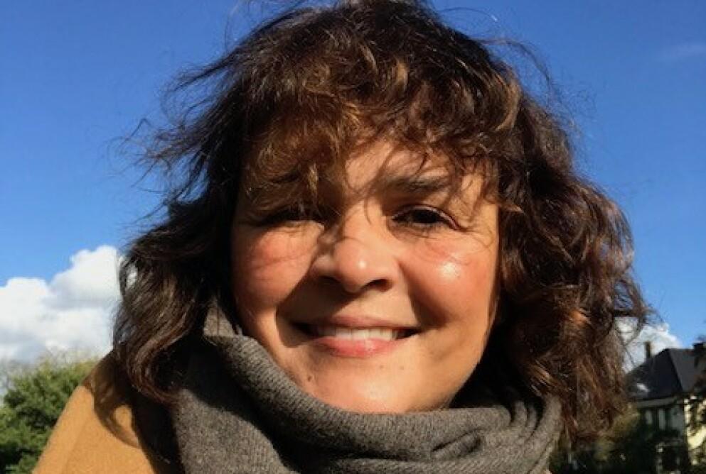 ET NYTT LIV MED BEHANDLING: Nora Nermann (51) forteller at hun fikk et nytt liv etter at hun startet med hormonterapi. - Nå er jeg den gode, gamle Nora igjen. Foto: Privat