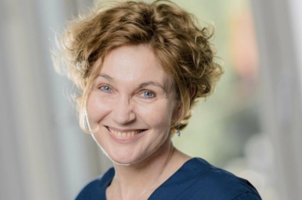 SYMPTOMER PÅ OVERGANGSALDER: Gynekolog Helena Enger er langt mer opptatt av symptomer enn blodprøvesvar i behandling av pasienter i overgangsalderen. Foto: Terje Borud /Volvat