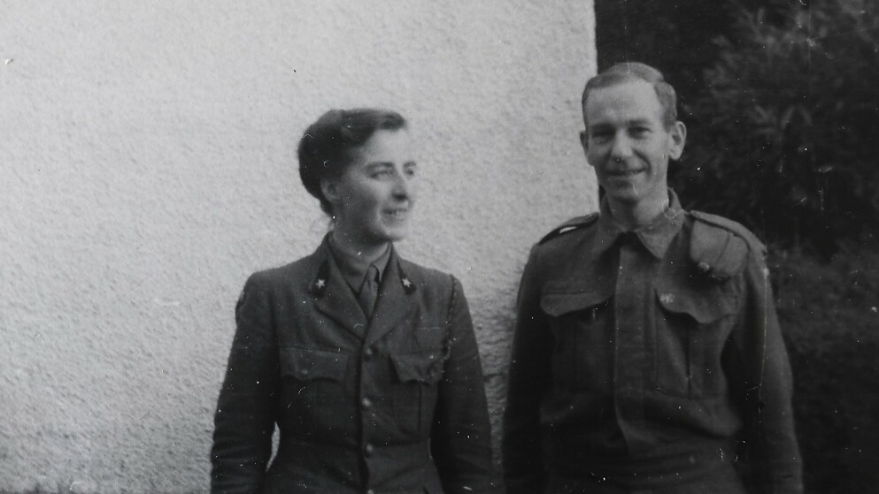 I LONDON: Hanne Mossige kom seg over til London for å være sammen med ektemannen Erling Mossige. Erling jobbet i Forsyningsdepartementet og var nestkommanderende i Nortraship under krigen. Foto: Privat