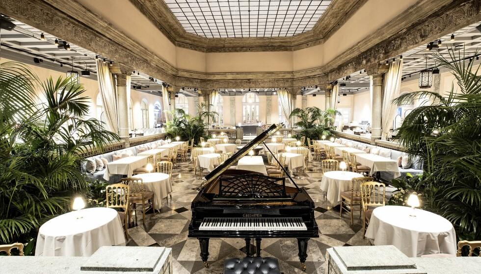 TRADISJONSRIK TRØNDER: På Britannia Hotel kan du nyte godsaker i ærverdige Palmehaven. Foto: Britannia Hotell