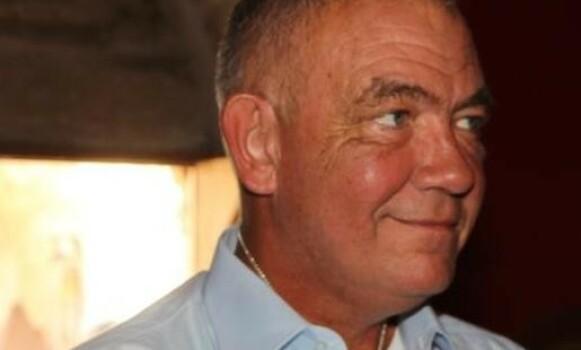 EKSPERTHJELP: Eiendomsmegler Tore Hamre på Kreta anbefaler å bruke advokat til hele kjøpsprosessen. Foto: Privat