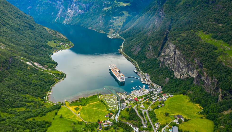 Spektakulær utsikt: Det er lett å forstå hvorfor utsikten over Geirangerfjorden er verdenskjent. Foto: Shutterstock/NTB