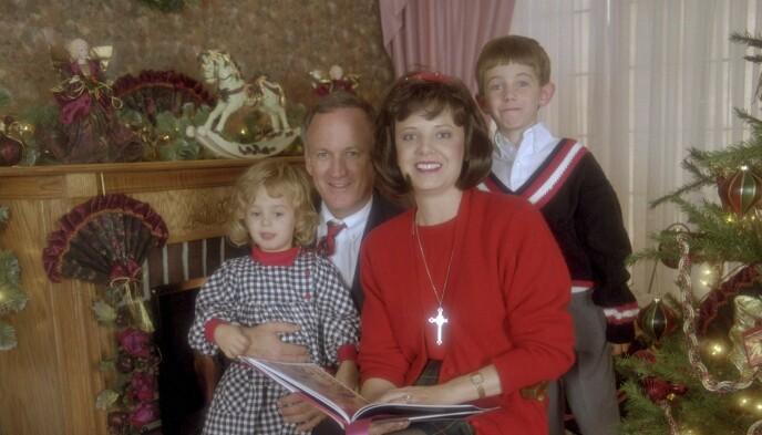 FAMILIEBILDE: Familien Ramsey før det fryktelige hendte. Foto: NTB