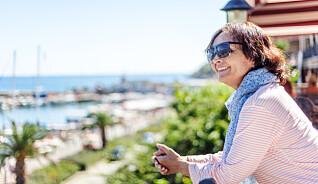 Reiseforsikring for «godt voksne»: Sjekkpunktene du ikke må gå glipp av