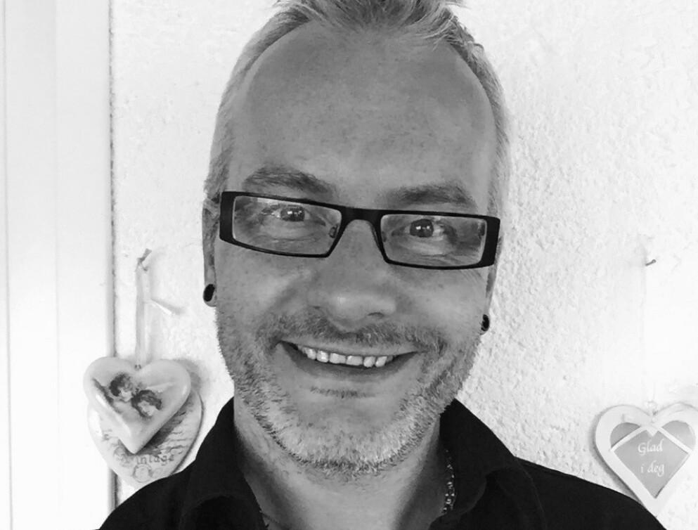 BLE FRISK: Tom-Harry Brinckmann (50) gikk på en smell og fikk delta i en studie hvor han fikk tilført friske tarmbakterier. Han mener behandlingen gav ham livet tilbake. Foto: Privat