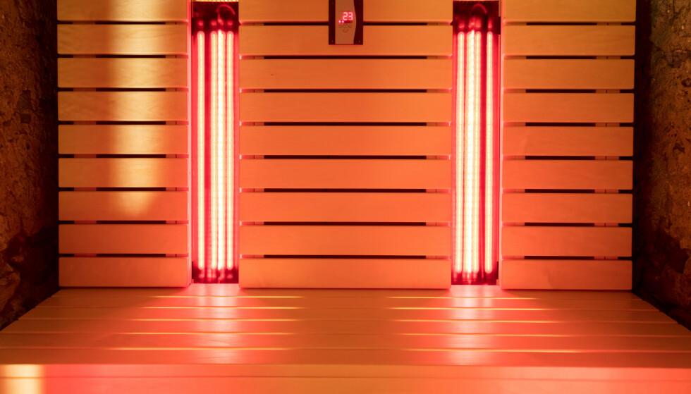 IR-BADSTUE: Foreløpig er det gjort lite forskning på bruken av infrarød badstue som smertelindring. Foto: NTB Shutterstock