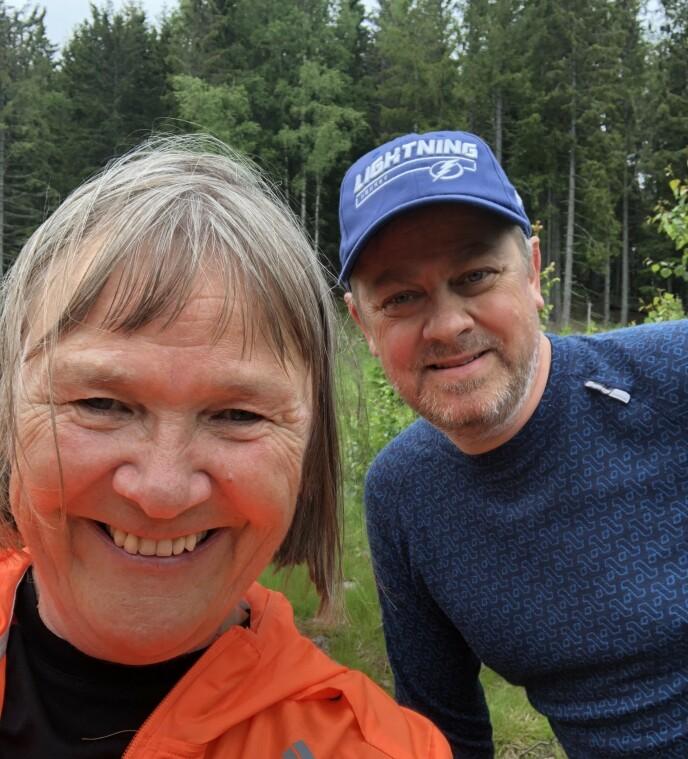 AKTIVT LIV: Ikke bare er Gunnar takknemlig for at kona Kari ga ham livet tilbake. For Kari var det å donere en nyre en gave også til henne selv. I dag lever ekteparet det beste livet de kan ha med mye aktivitet og reising. Foto: Privat
