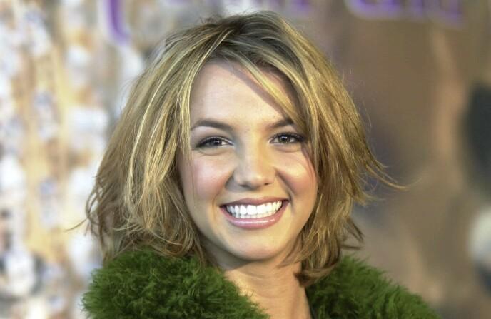 BRITNEY SPEARS: Etter grunge-stilen, som kan oversettes med rotete og skitten, på 90-tallet, kom Britneys sunne utseende og livsstil som et friskt vindpust. Senere gikk det ikke så bra for henne, men den strålende looken ble trenden for 2000-tallet. Foto: NTB