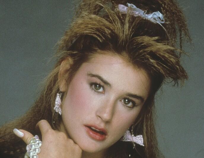 DEMI MOORE: Hun var vakker, talentfull og medlem av «The Brat Pack», en gruppe unge og populære filmstjerner i USA. 80-tallsstilen hennes i filmen «St. Elmos Fire» var upåklagelig. Foto: NTB