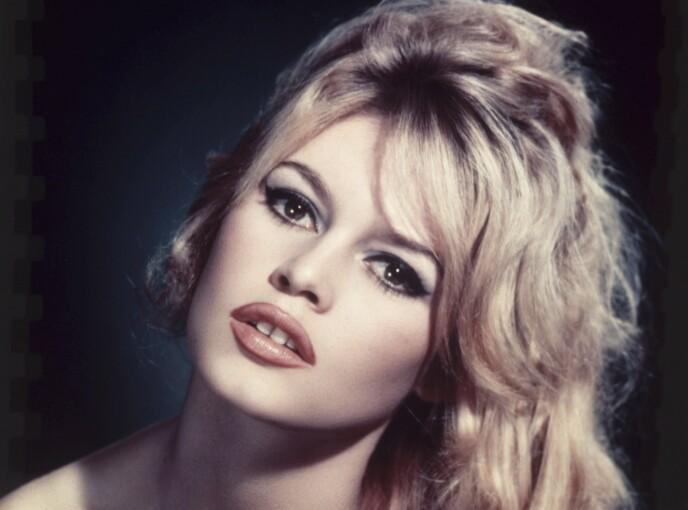 BRIGITTE BARDOT: Hun begynte sin karriere på 50-tallet som uskyldig og søt, men på 60-tallet ble hun mer frigjort og med det enormt populær. Foto: NTB