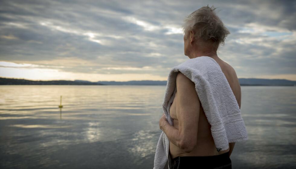 STOR ØKNING ELDRE SOM DRUKNER: Eldre over 60 er sterkt overrepresentert i drukningsstatistikken - og er fordoblet i år. Underliggende sykdommer og overvurdering av egne ferdigheter og fysikk, for eksempel under svømming, kan være medvirkende årsaker, tror fagekspert Tanja Krangnes i Redningsselskapet. Foto: Redningsselskapet