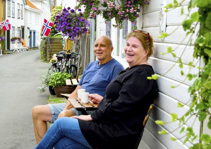 FREDET OG FREDELIG: Sogndalstrand ble fredet i 1994, samme år som Eli og Jan Oddvar Omdahl startet kafé i det som etter hvert skulle bli Sogndalstrand Kulturhotell. Foto: Torild Moland