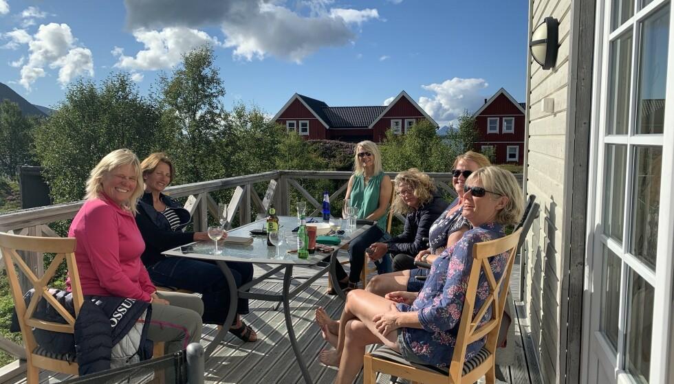 KOS TIL KVELDS: God mat og drikke hører med etter en lang dag på sykkelsetet. Foto: Privat